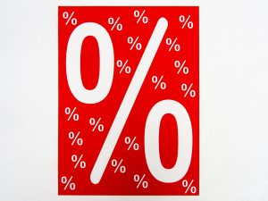 "5 Sale-Plakate 50 x 70 cm ""%"" rot-weiß"